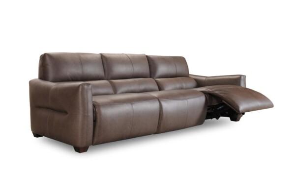 Шкіряний диван у сучасному дизайні купити в Києві. Супермаркет диванів Relax Studio
