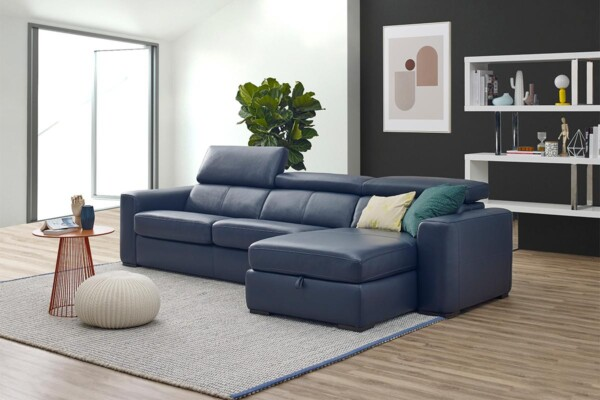 Невеликий диван з розкладкою для щоденного сну купити Київ. Модель RS-11857. Супермаркет диванів Relax Studio