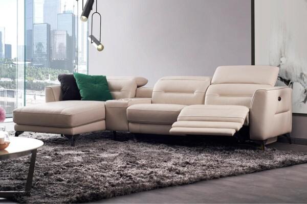 Шкіряний диван з оттоманкою та електричним реклайнером. Модель RS-B5023 Супермаркет диванів Relax Studio
